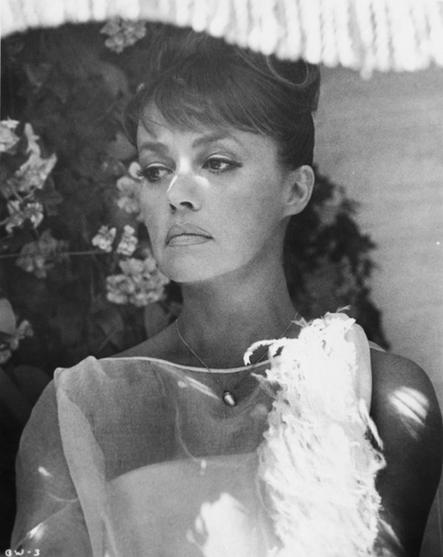 Actresses-Jeanne Moreau-Pinterest