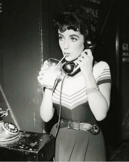 Actresses - Liz Taylor-Pinterest