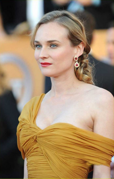 Diane Kruger-Top 55 Most Beautiful Hollywood Babes - The Wondrous Design Magazine