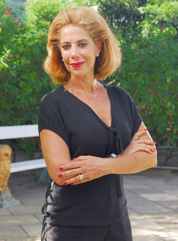 Angela Vieira