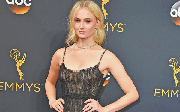 emmys-2016_-sophie-turner-reveals-game-of-thrones-tattoo-_-ew-com